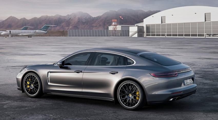 2017 Porsche Panamera Executive, 150 mm longer WB Image #577762
