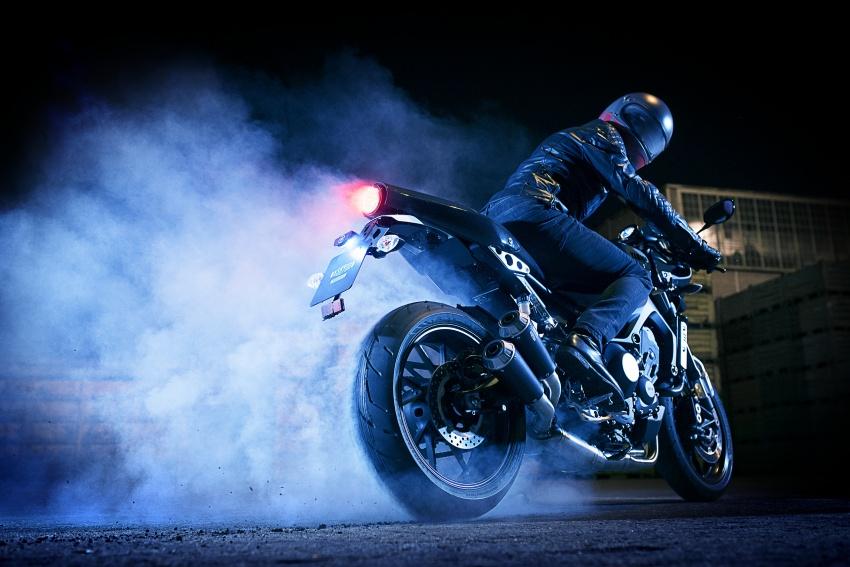 Yamaha XSR900 Abarth – terhad hanya 695 unit Image #575167