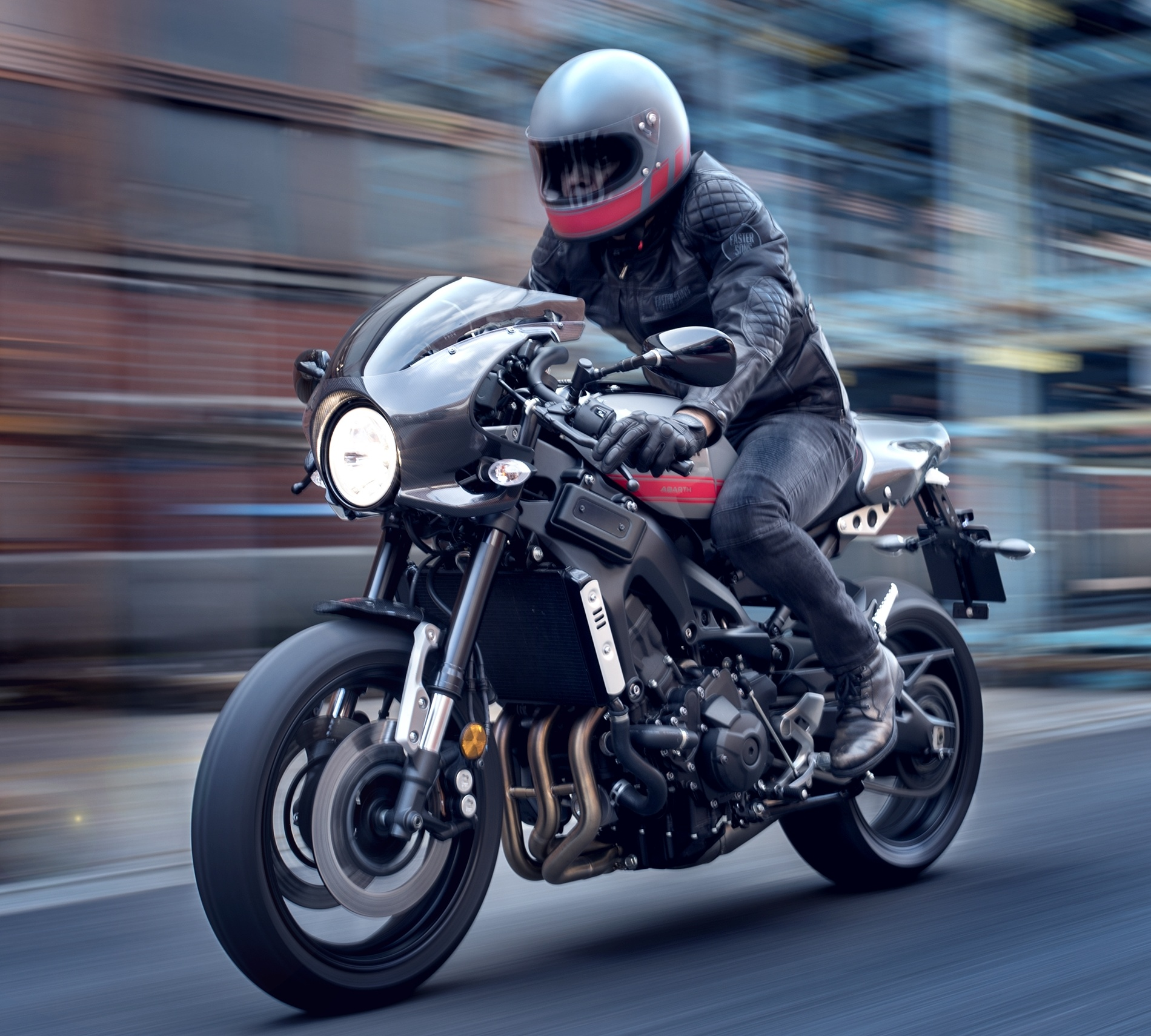 2017 yamaha xsr900 abarth released only 695 units. Black Bedroom Furniture Sets. Home Design Ideas