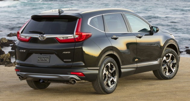 The Next Arrival In Midsize Suv Segment Is 2017 Honda Cr V Which Was First Seen October Us One Of S Core Products
