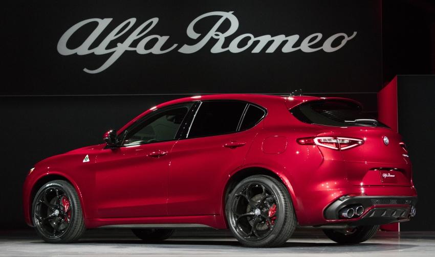 Alfa Romeo Stelvio – brand's first crossover debuts Image #582176
