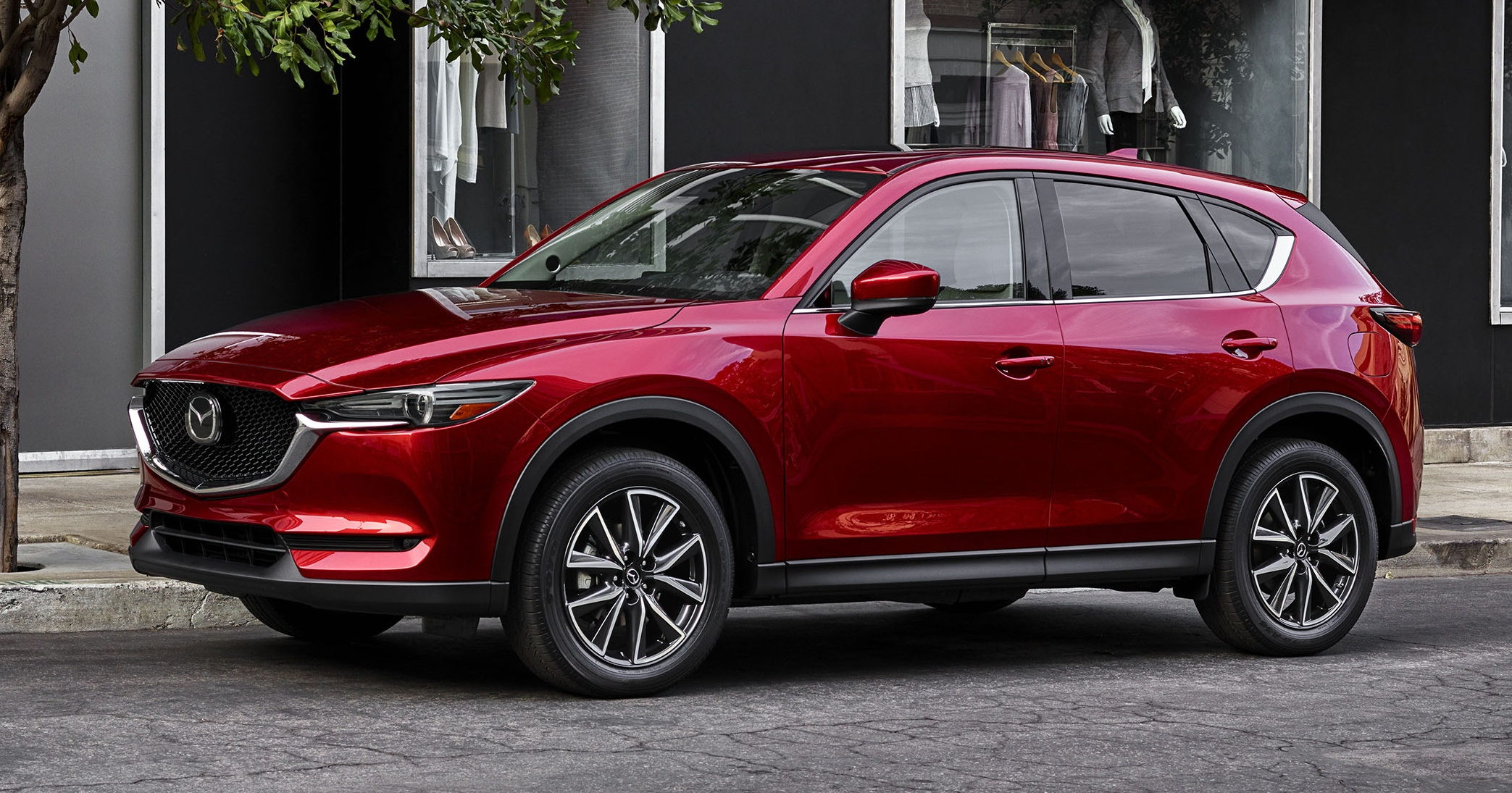 all new mazda cx 5 officially debuts at la auto show. Black Bedroom Furniture Sets. Home Design Ideas