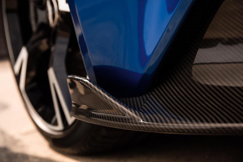 Aston Martin Vanquish S – long live the V12 engine Image #580464
