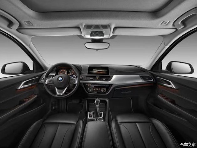 BMW 1 Series Sedan – first picture of interior revealed Image #573165