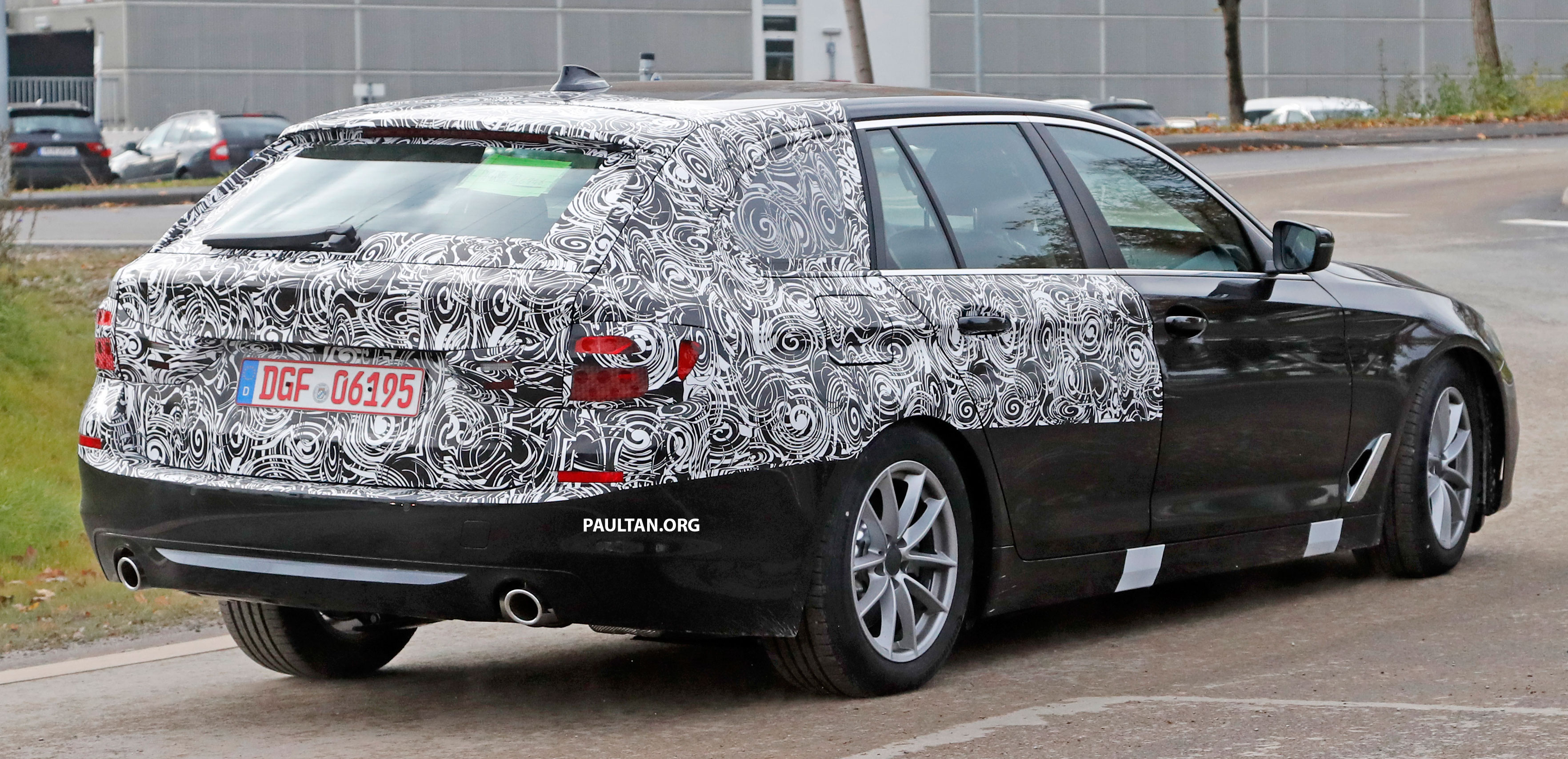 Bmw 5 Series 2016 >> SPIED: G31 BMW 5 Series Touring with less camo Paul Tan - Image 577586