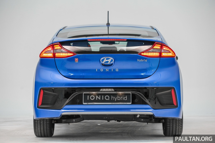 Hyundai Ioniq Hybrid in Malaysia: CKD, 7 airbags, from RM100k; RM111k with AEB and Smart Cruise Control Image #585344