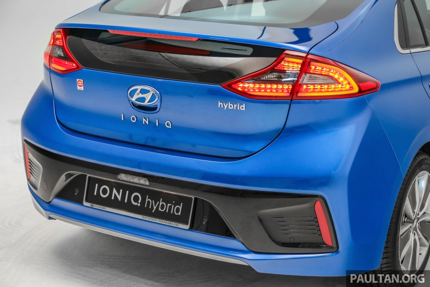 Hyundai Ioniq Hybrid in Malaysia: CKD, 7 airbags, from RM100k; RM111k with AEB and Smart Cruise Control Image #585381
