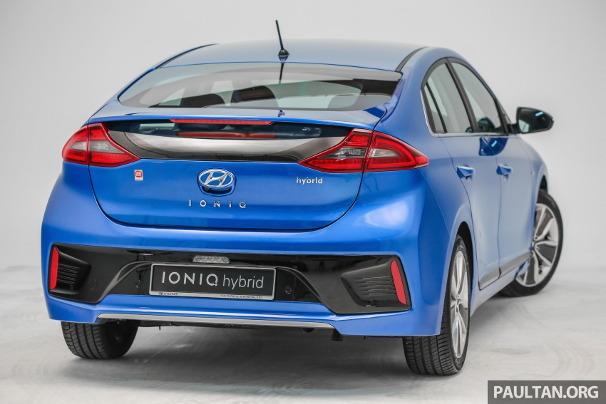 Hyundai Ioniq Hybrid in Malaysia: CKD, 7 airbags, from RM100k; RM111k with AEB and Smart Cruise Control Image #585335