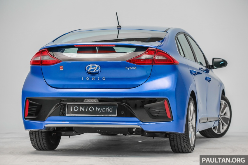 Hyundai Ioniq Hybrid in Malaysia: CKD, 7 airbags, from RM100k; RM111k with AEB and Smart Cruise Control Image #585336