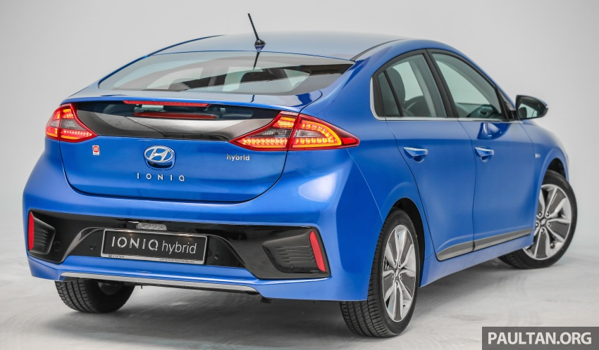 Hyundai Ioniq Hybrid in Malaysia: CKD, 7 airbags, from RM100k; RM111k with AEB and Smart Cruise Control Image #585338