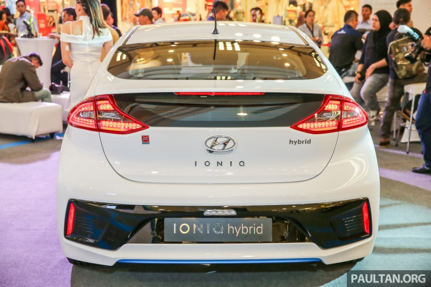 Hyundai Ioniq Hybrid in Malaysia: CKD, 7 airbags, from RM100k; RM111k with AEB and Smart Cruise Control Image #585863
