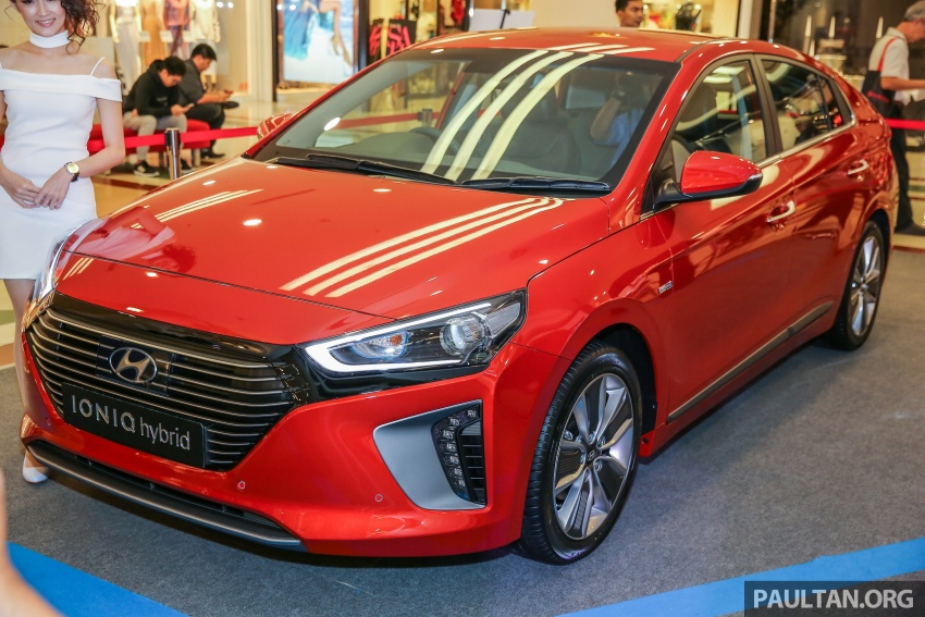 Hyundai Ioniq Hybrid in Malaysia: CKD, 7 airbags, from RM100k; RM111k with AEB and Smart Cruise Control Image #585865