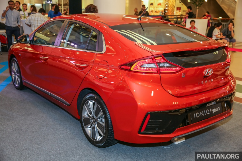 Hyundai Ioniq Hybrid in Malaysia: CKD, 7 airbags, from RM100k; RM111k with AEB and Smart Cruise Control Image #585866