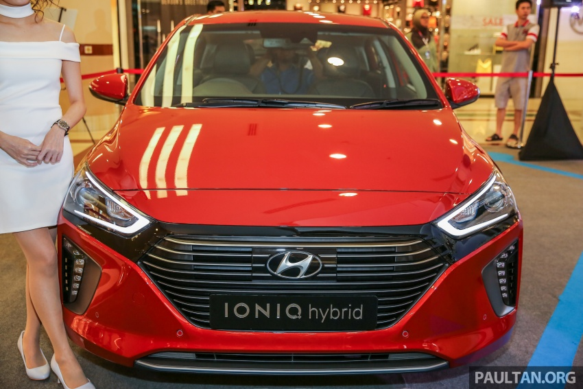 Hyundai Ioniq Hybrid in Malaysia: CKD, 7 airbags, from RM100k; RM111k with AEB and Smart Cruise Control Image #585867
