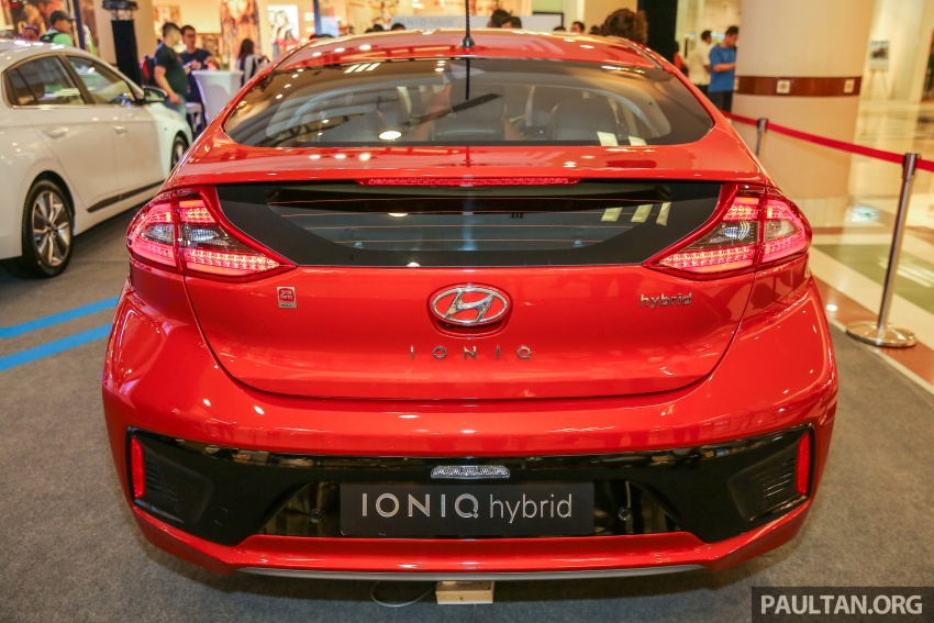 Hyundai Ioniq Hybrid in Malaysia: CKD, 7 airbags, from RM100k; RM111k with AEB and Smart Cruise Control Image #585868