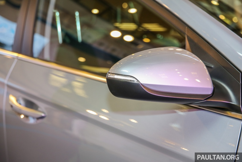 Hyundai Ioniq Hybrid in Malaysia: CKD, 7 airbags, from RM100k; RM111k with AEB and Smart Cruise Control Image #585828