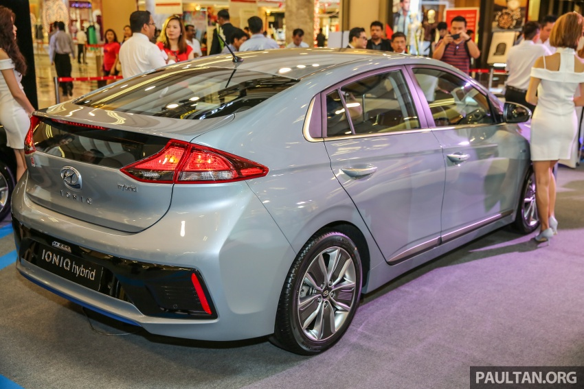Hyundai Ioniq Hybrid in Malaysia: CKD, 7 airbags, from RM100k; RM111k with AEB and Smart Cruise Control Image #585818
