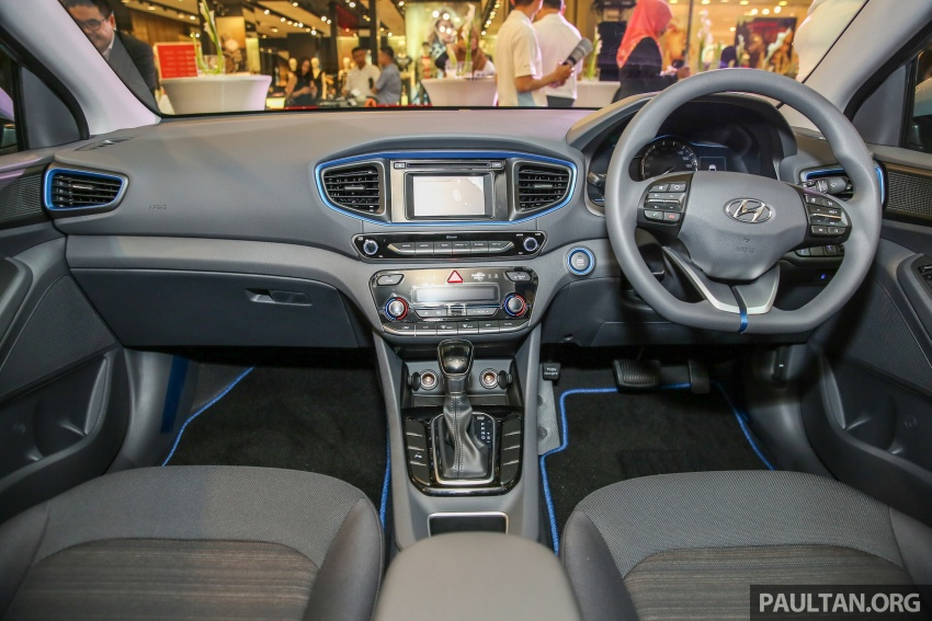 Hyundai Ioniq Hybrid in Malaysia: CKD, 7 airbags, from RM100k; RM111k with AEB and Smart Cruise Control Image #585832