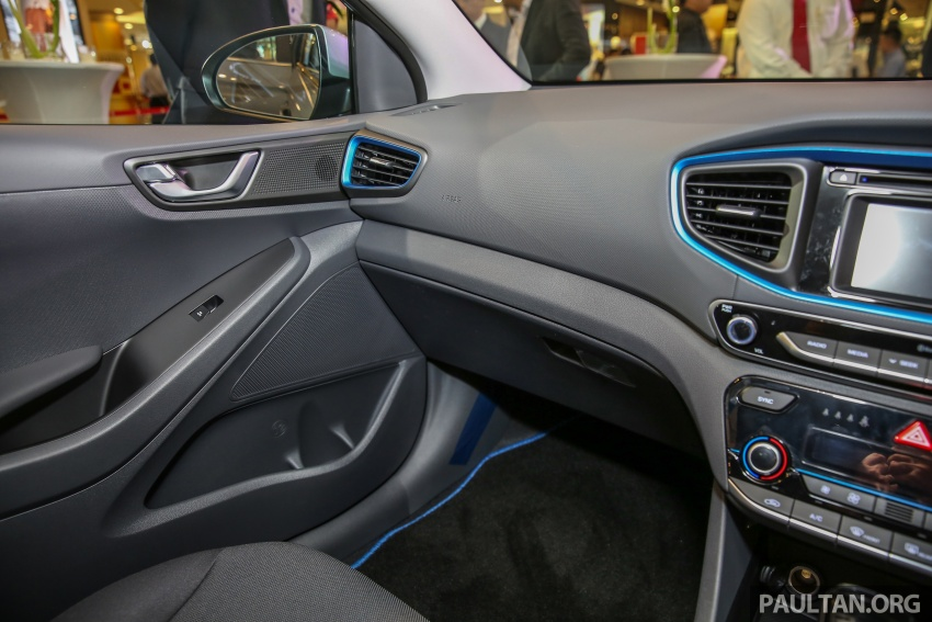 Hyundai Ioniq Hybrid in Malaysia: CKD, 7 airbags, from RM100k; RM111k with AEB and Smart Cruise Control Image #585844