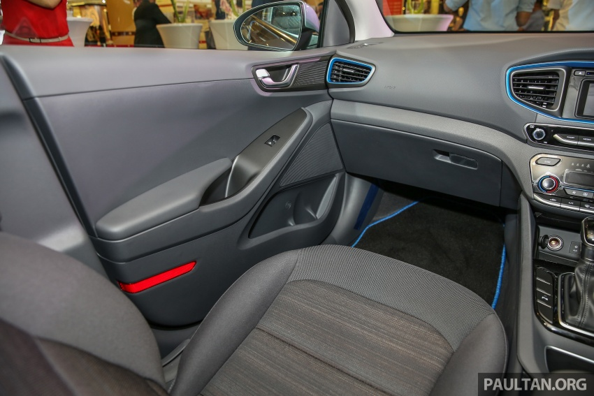 Hyundai Ioniq Hybrid in Malaysia: CKD, 7 airbags, from RM100k; RM111k with AEB and Smart Cruise Control Image #585847