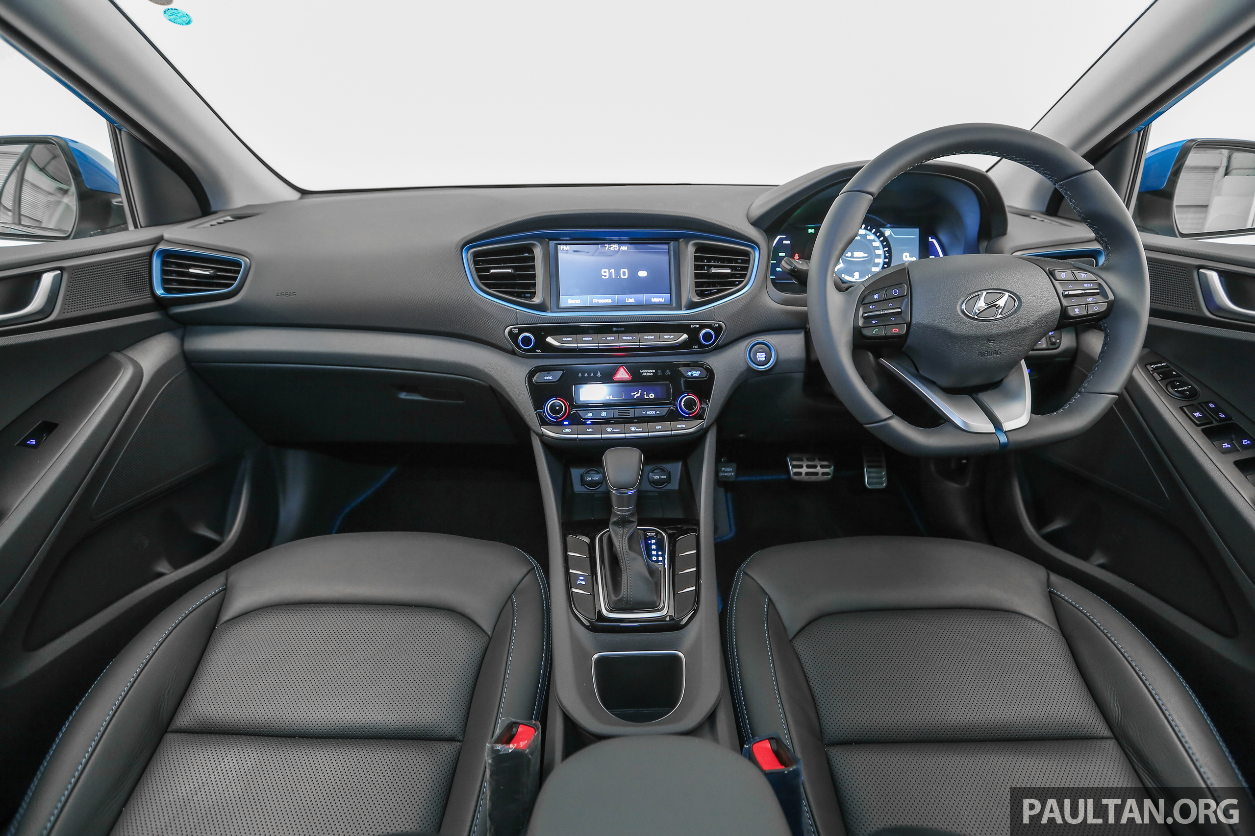hyundai ioniq hybrid in malaysia ckd 7 airbags from rm100k rm111k with aeb and smart cruise. Black Bedroom Furniture Sets. Home Design Ideas