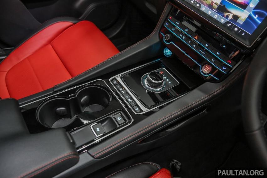 Jaguar F-Pace dilancarkan di Malaysia – 3.0L supercaj V6, varian Prestige, R Sport, harga dari RM599k Image #585484