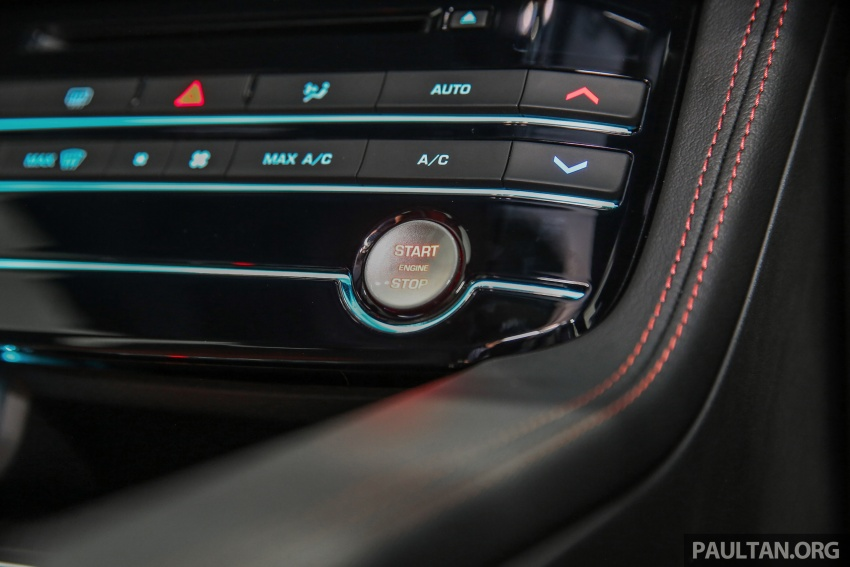 Jaguar F-Pace dilancarkan di Malaysia – 3.0L supercaj V6, varian Prestige, R Sport, harga dari RM599k Image #585488