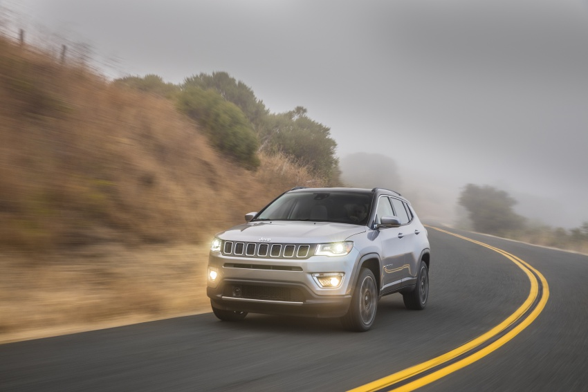 2017 Jeep Compass – full details of the compact SUV Image #582349