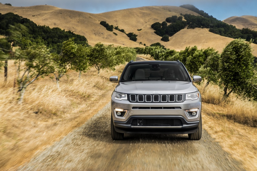 2017 Jeep Compass – full details of the compact SUV Image #582359