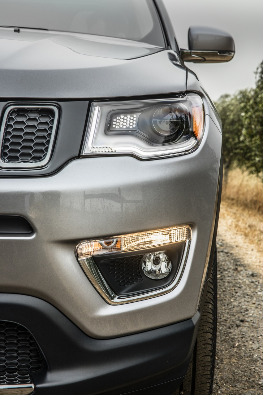 2017 Jeep Compass – full details of the compact SUV Image #582372