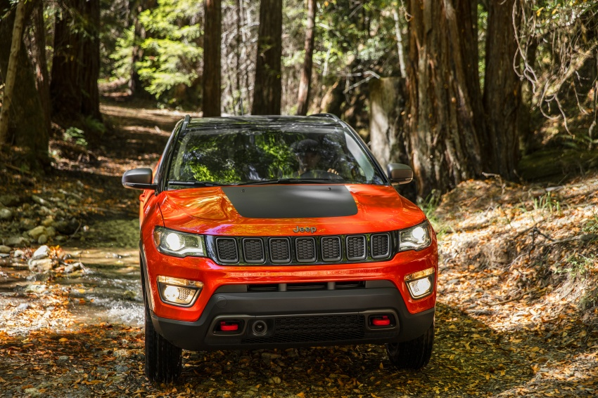 2017 Jeep Compass – full details of the compact SUV Image #582400