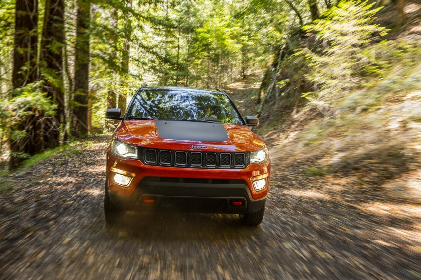 2017 Jeep Compass – full details of the compact SUV Image #582406