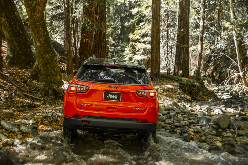 2017 Jeep Compass – full details of the compact SUV Image #582410