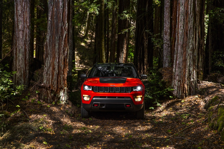 2017 Jeep Compass – full details of the compact SUV Image #582415