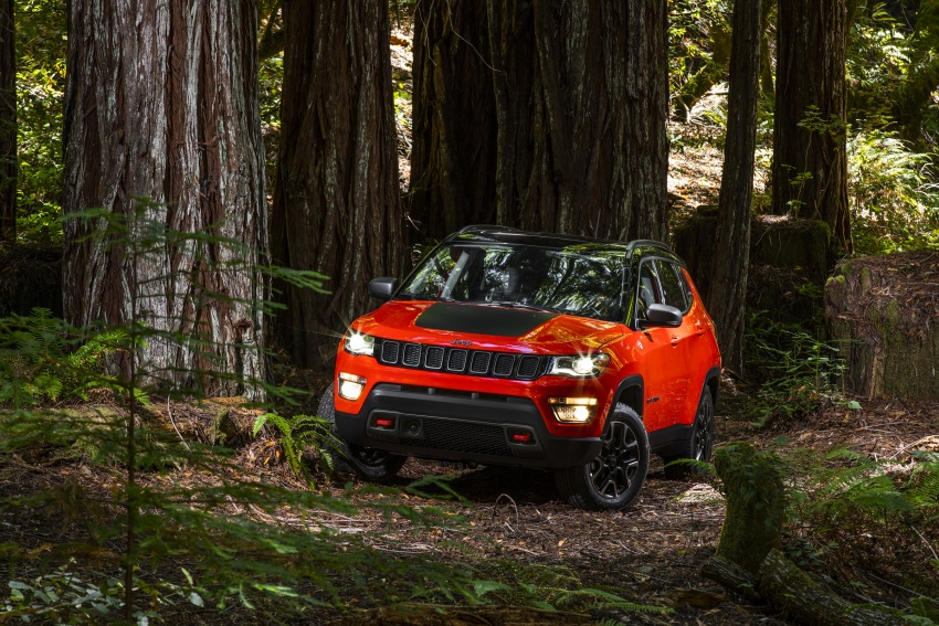 2017 Jeep Compass – full details of the compact SUV Image #582418