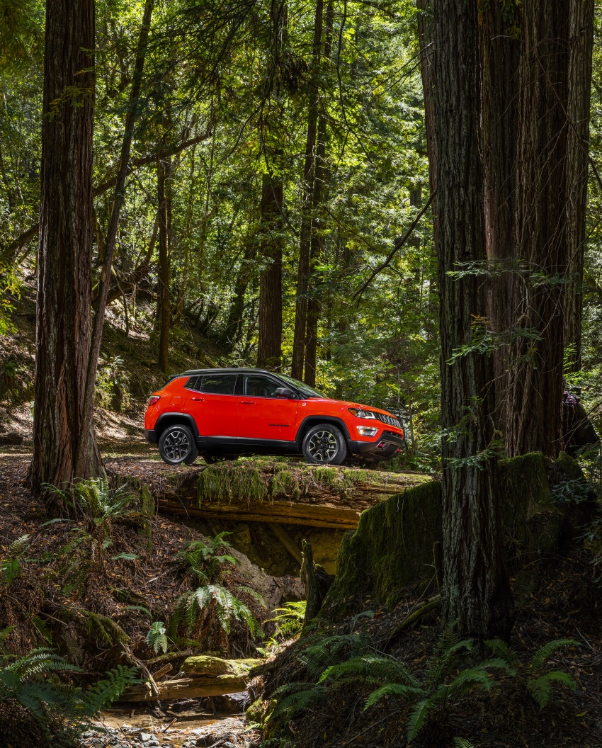 2017 Jeep Compass – full details of the compact SUV Image #582425