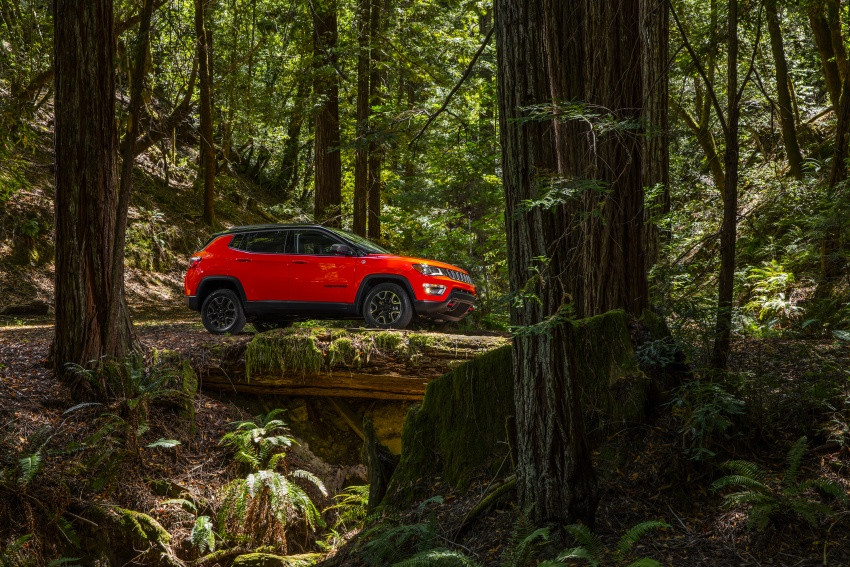 2017 Jeep Compass – full details of the compact SUV Image #582430