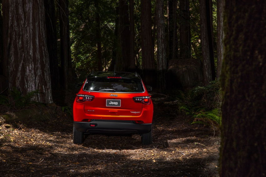 2017 Jeep Compass – full details of the compact SUV Image #582438