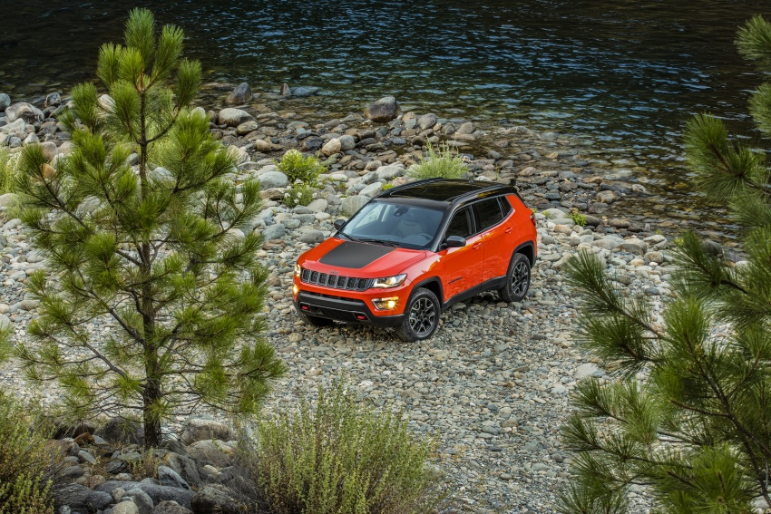 2017 Jeep Compass – full details of the compact SUV Image #582441