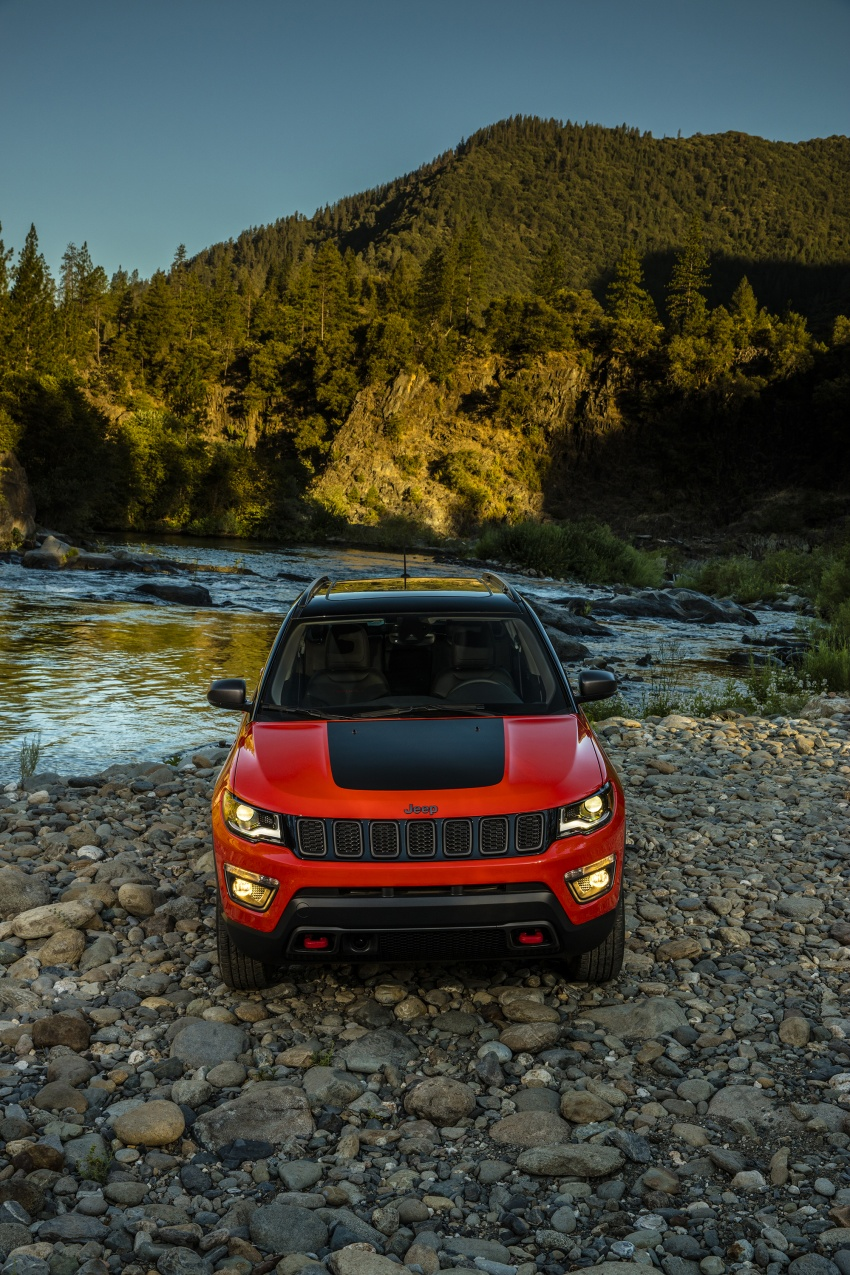 2017 Jeep Compass – full details of the compact SUV Image #582448