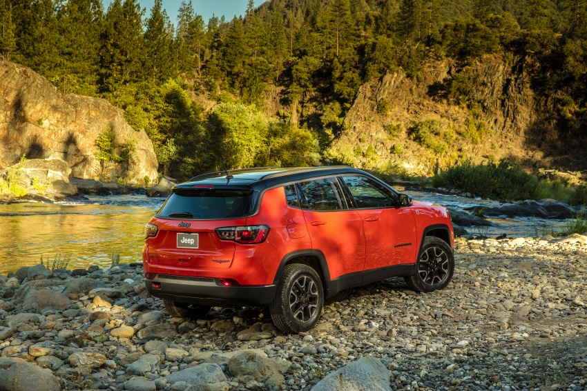 2017 Jeep Compass – full details of the compact SUV Image #582454