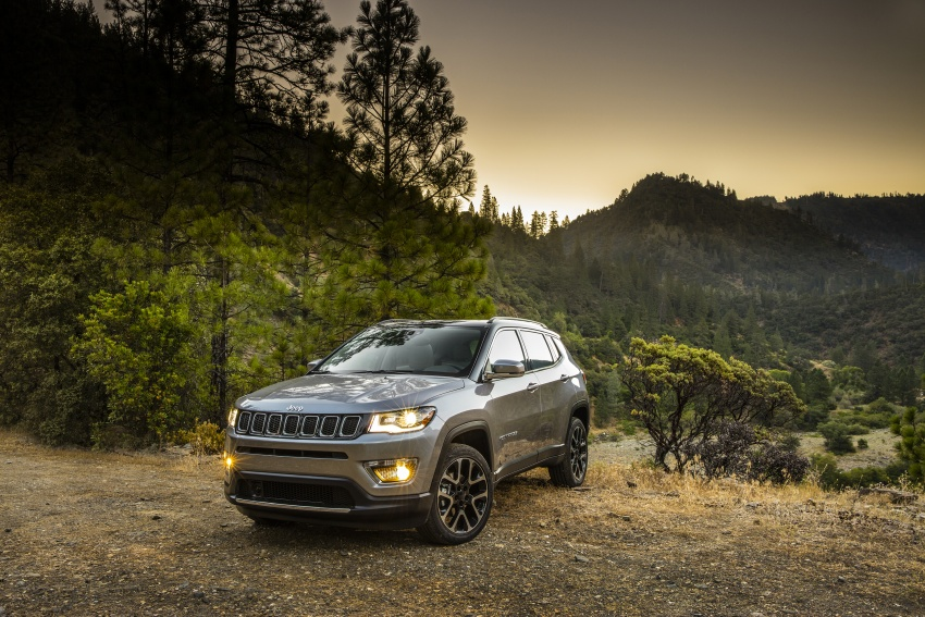 2017 Jeep Compass – full details of the compact SUV Image #582342
