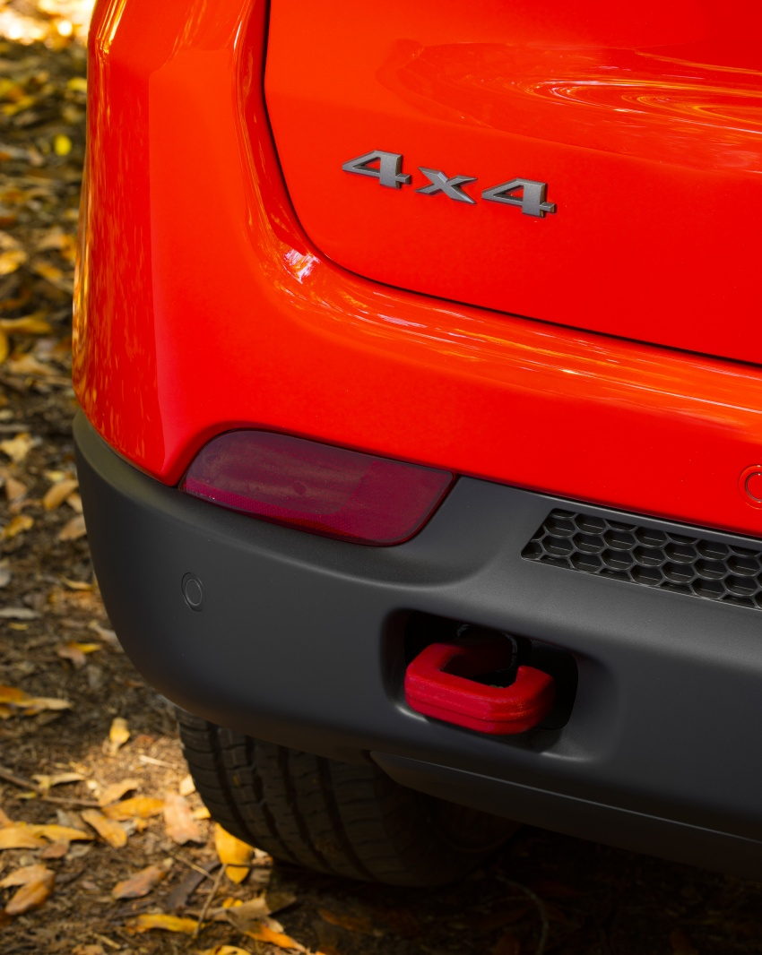 2017 Jeep Compass – full details of the compact SUV Image #582477