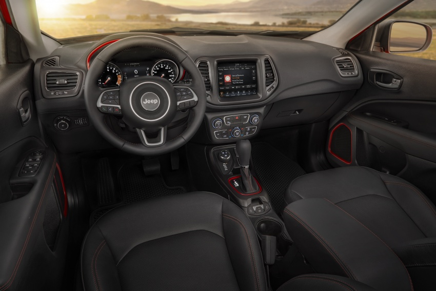 2017 Jeep Compass – full details of the compact SUV Image #582481