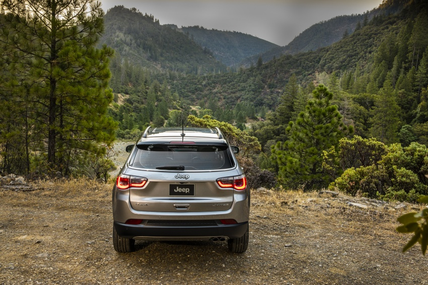 2017 Jeep Compass – full details of the compact SUV Image #582343