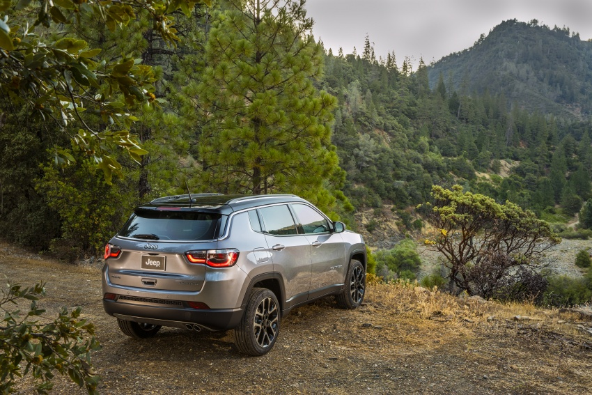 2017 Jeep Compass – full details of the compact SUV Image #582344