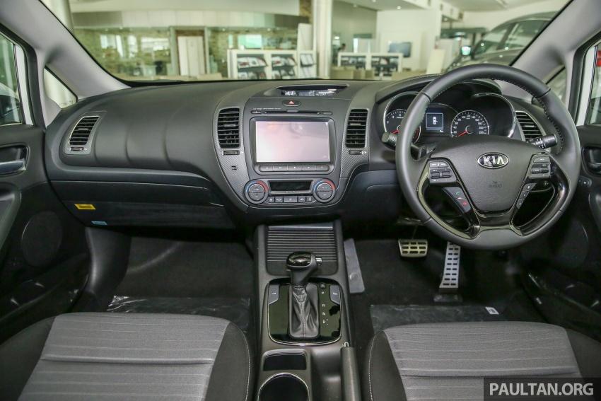 Kia Cerato facelift now in showrooms – KX, 1.6L, 2.0L Image #572780
