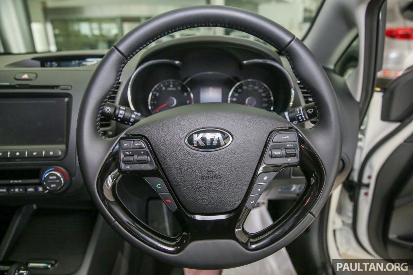 Kia Cerato facelift now in showrooms – KX, 1.6L, 2.0L Image #572781