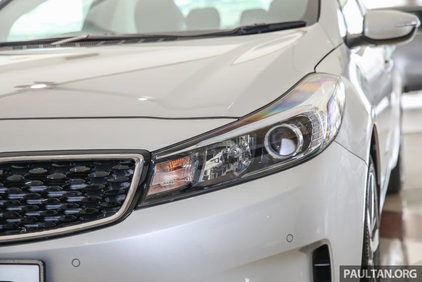 Kia Cerato facelift now in showrooms – KX, 1.6L, 2.0L Image #572817