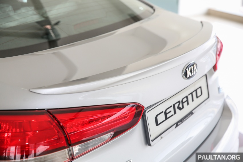 Kia Cerato facelift now in showrooms – KX, 1.6L, 2.0L Image #572834